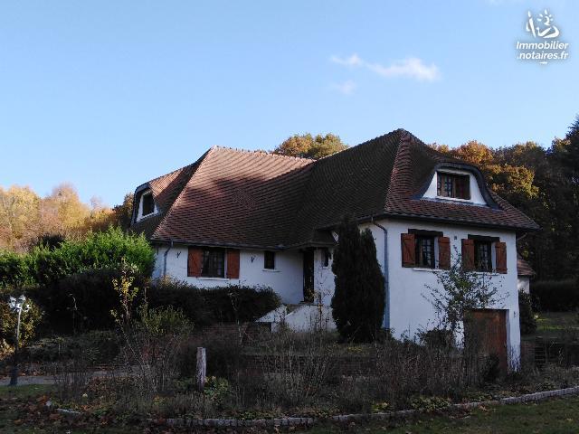 Vente - Maison - Saint-Germer-de-Fly - 210.00m² - 7 pièces - Ref : LUT 629