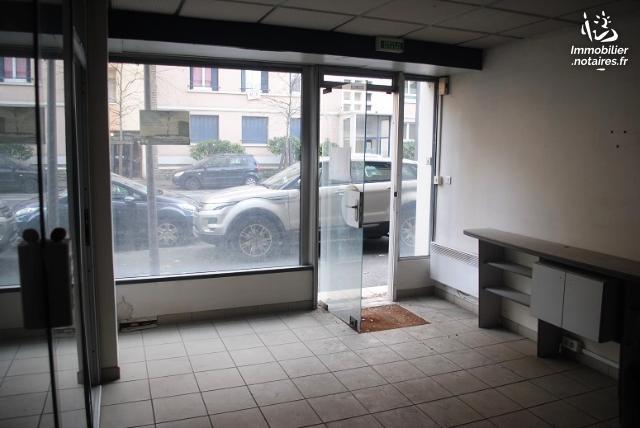 Vente aux Enchères - Local d'activité - Pau - Ref : 200533VAE011
