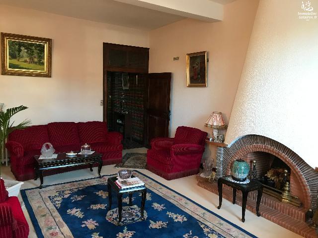 Vente - Maison - Lembeye - 250.00m² - 12 pièces - Ref : PLACE2