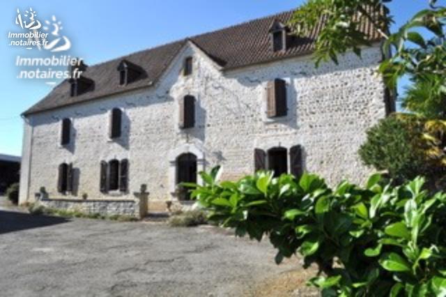 Vente - Maison - Lembeye - 275.00m² - 7 pièces - Ref : BEN