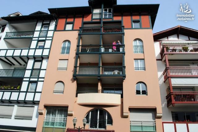 Vente aux Enchères - Appartement - Saint-Jean-de-Luz - 73.29m² - 3 pièces - Ref : 190633VAE033