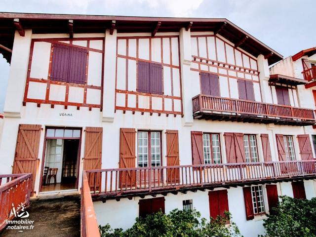 Vente aux Enchères - Maison - Saint-Jean-de-Luz - 496.0m² - 10 pièces - Ref : 201033VAE017