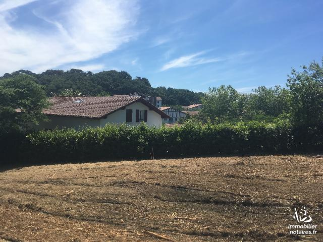 Vente - Terrain à bâtir - Saint-Jean-de-Luz - 463.0m² - Ref : TERRAIN A BATIR ST JEAN DE LUZ
