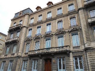 Appartement à vendre aux enchères - TARARE (69) - 6 pièces- 103.65 m²
