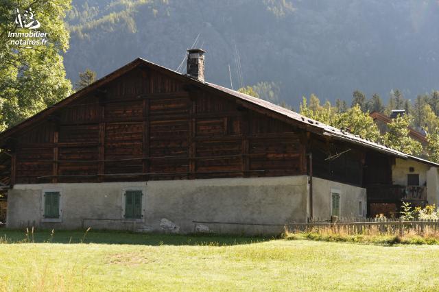 Vente - Maison - Chamonix-Mont-Blanc - 580.00m² - 5 pièces - Ref : VIEILLE FERME