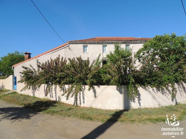 Vente - Maison / villa - BRETIGNOLLES - 170 m² - 7 pièces - BRBER