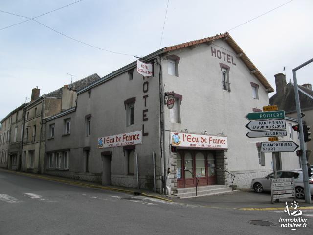 Vente - Immeuble - Secondigny - 650.00m² - Ref : 130-ECU