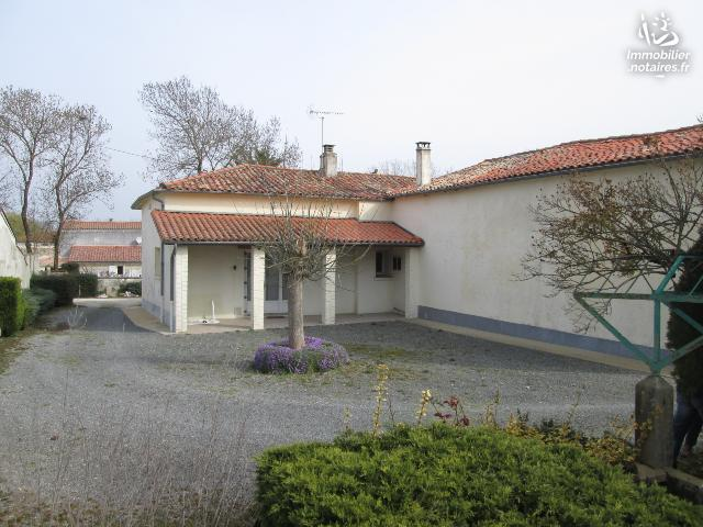 Vente - Maison - Chizé - 98.0m² - 7 pièces - Ref : 11024