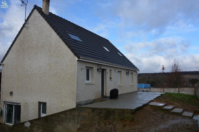 Vente - Maison / villa - PIERREPONT SUR AVRE - 121 m² - 10 pièces - HAN020