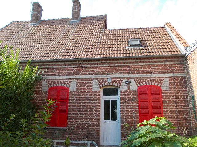 Vente - Maison / villa - ROSIERES EN SANTERRE - 58,98 m² - 4 pièces - 489