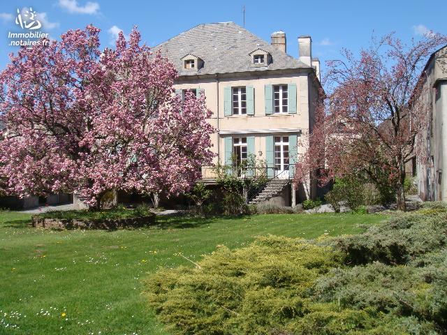 Vente - Maison - Brassac - 480.00m² - 11 pièces - Ref : 103646
