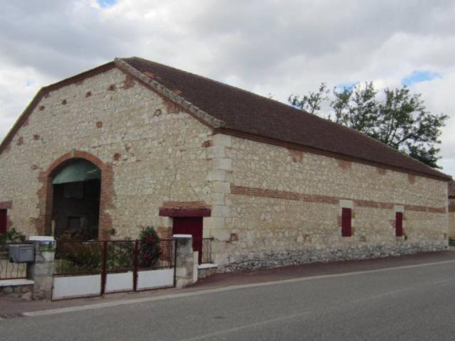 Vente - Maison - Valence - 400.0m² - Ref : GRANGE-699