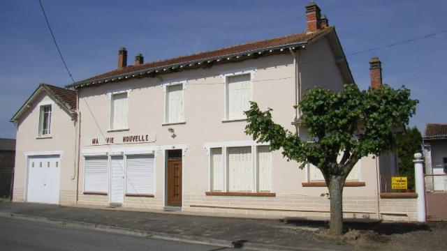 Vente - Maison / villa - ANGLIERS - 180 m² - 7 pièces - 275
