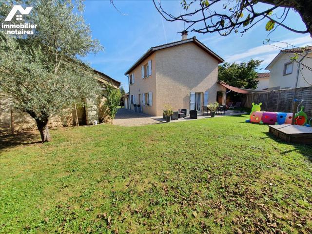 Vente - Maison - Sainte-Julie - 117.0m² - 6 pièces - Ref : M21/0309