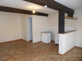 Location Appartement CHATILLON SUR CHALARONNE - 1 pièce - 30m²