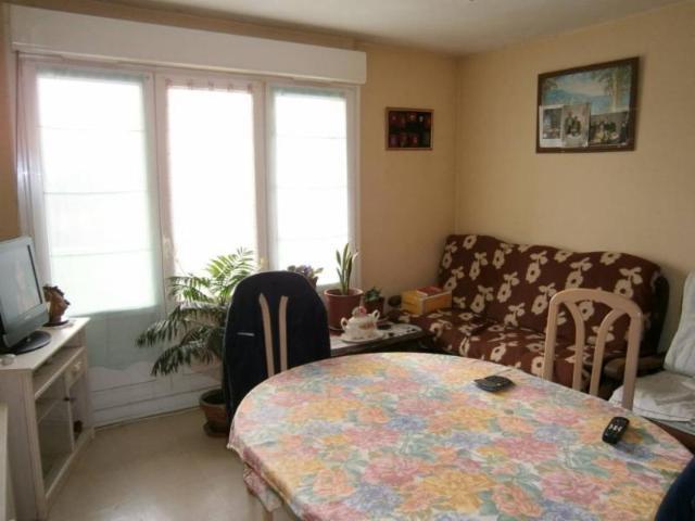 Vente - Appartement - Saint-Quentin - 55.00m² - 3 pièces - Ref : 83740