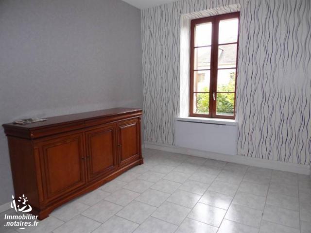 Vente - Appartement - MOULINS - 56,47 m² - 3 pièces - 272