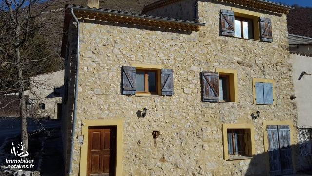 Vente - Maison - Clumanc - 170.00m² - 7 pièces - Ref : CLU OEH
