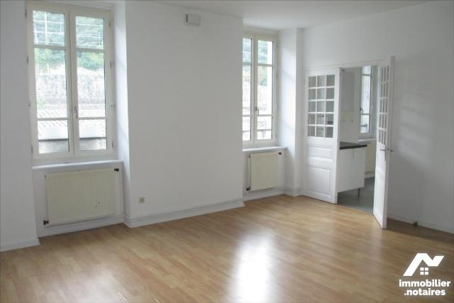 Location - Appartement - Tournon-sur-Rhône - 2 pièces - Ref : 07039-931989
