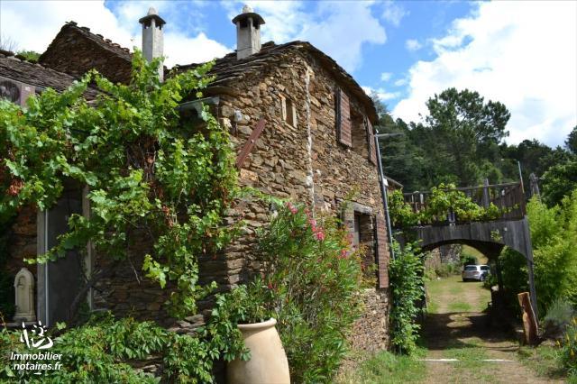 Vente - Maison - Beaumont - 168.0m² - 9 pièces - Ref : 2052 M