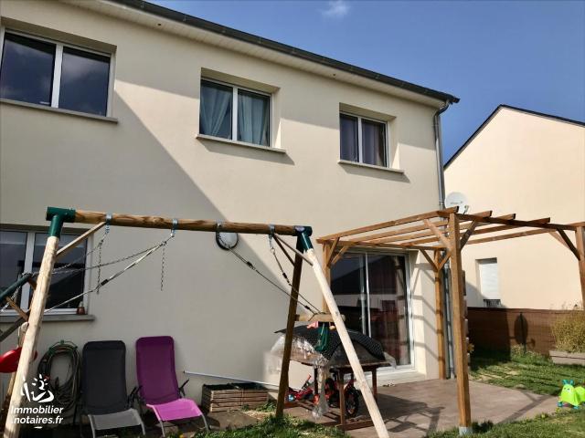 Vente - Maison - Manhac - 109.0m² - 5 pièces - Ref : LJ976