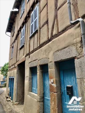 Vente - Maison - Sauveterre-de-Rouergue - 100.0m² - 5 pièces - Ref : LJ989