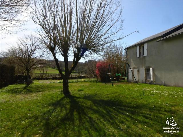 Vente - Maison - Vézins-de-Lévézou - 104.00m² - 3 pièces - Ref : 12038-191102