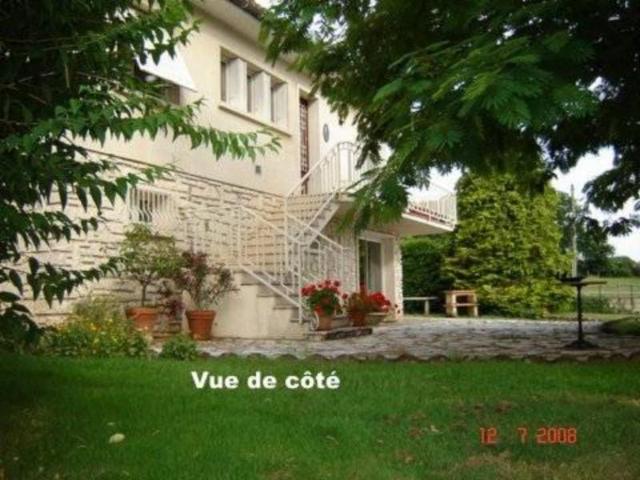 Vente - Maison - Chazelles - 160.00m² - 9 pièces - Ref : 16001-103627