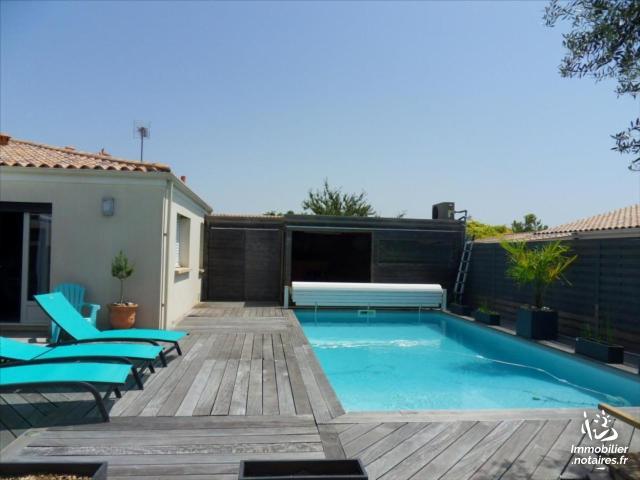 Vente - Maison - Saint-Xandre - 208.00m² - 7 pièces - Ref : 17001-52638
