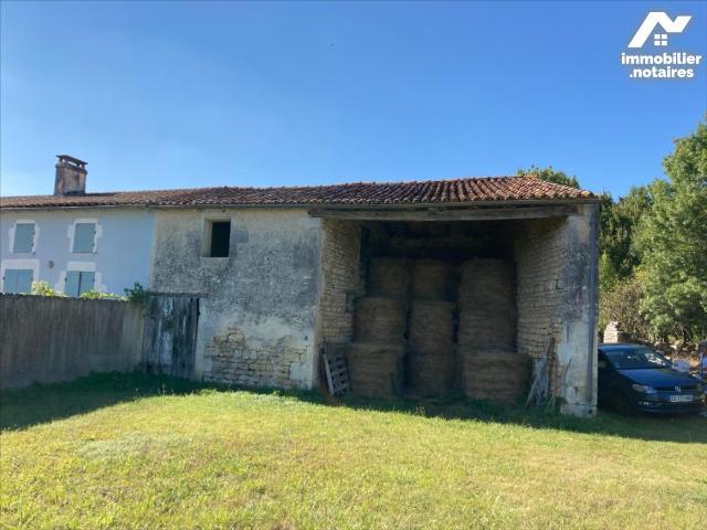 Vente - Maison - Saint-Porchaire - 91.0m² - 2 pièces - Ref : 31111