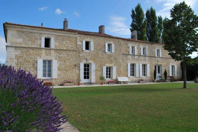Vente - Maison - Gripperie-Saint-Symphorien - 416.00m² - 17 pièces - Ref : 16822