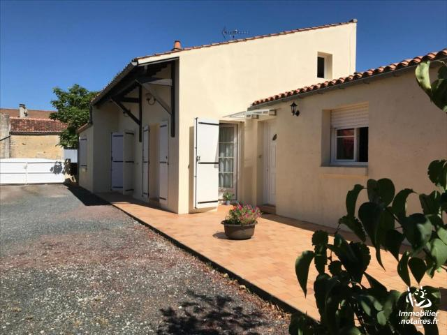 Vente - Maison - Bords - 125.00m² - 5 pièces - Ref : 27358