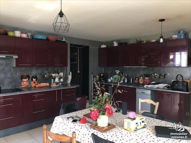 Vente - Maison - Mirambeau - 111.00m² - 5 pièces - Ref : 1489