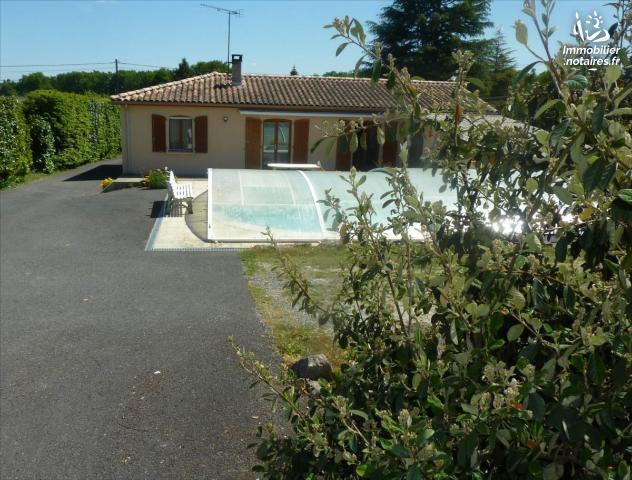 Vente - Maison - Jonzac - 108.0m² - 5 pièces - Ref : 1565
