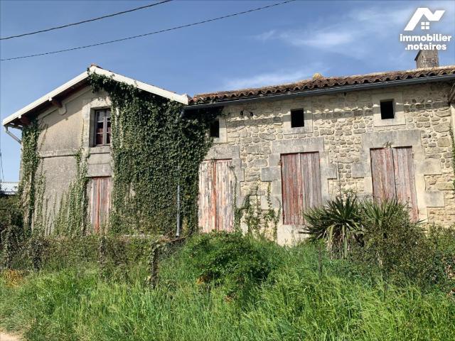 Vente - Maison - Jonzac - 152.0m² - 6 pièces - Ref : 1571