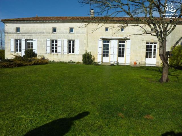 Vente - Maison - Archiac - 179.00m² - 7 pièces - Ref : 1293