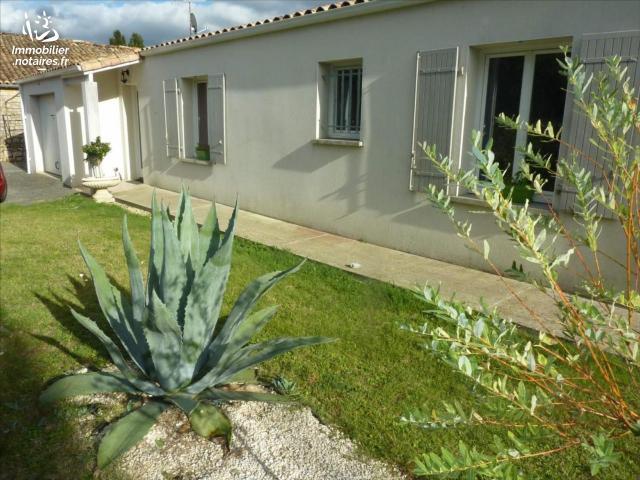Vente - Maison - Saint-Genis-de-Saintonge - 95.00m² - 5 pièces - Ref : 1376