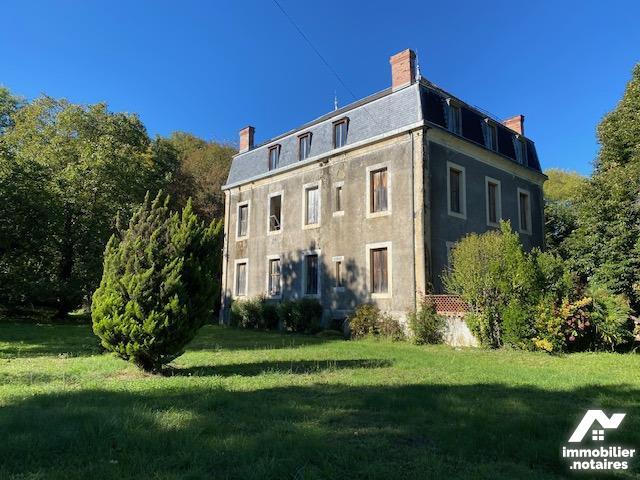Vente - Maison - Loures-Barousse - 500.0m² - 10 pièces - Ref : LL136