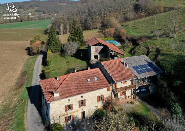 Vente - Maison - Montgaillard-de-Salies - 230.00m² - 8 pièces - Ref : 31062-77