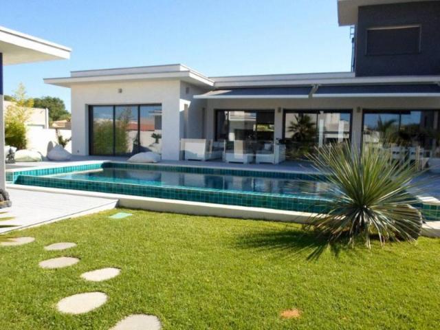 Vente - Maison - Agde - 240.00m² - 7 pièces - Ref : FB-AGFA