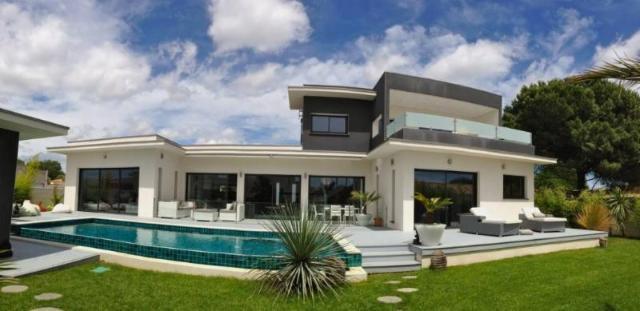 Vente - Maison - Agde - 240.00m² - 7 pièces - Ref : NC 00