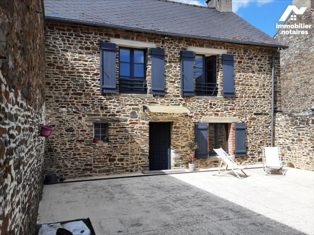 Vente - Maison - Dol-de-Bretagne - 90.0m² - 3 pièces - Ref : 35130-923026