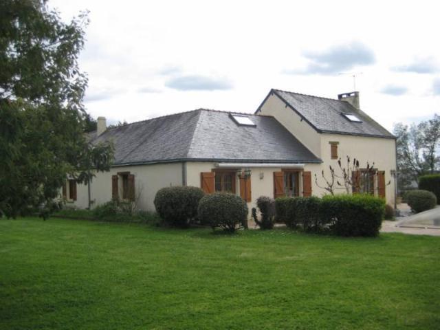 Vente - Maison - Saint-Étienne-de-Montluc - 180.00m² - 8 pièces - Ref : 44016-232522