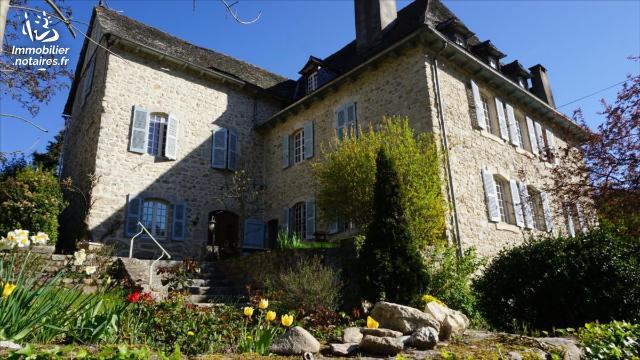 Vente - Maison - Entraygues-sur-Truyère - 316.0m² - 8 pièces - Ref : 21.018