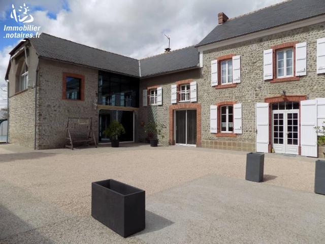 Vente - Maison - Tarbes - 400.00m² - 9 pièces - Ref : 65002-325088