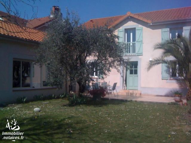 Vente - Maison - Tarbes - 204.00m² - 7 pièces - Ref : 65003-318777