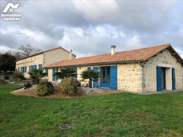 Vente - Maison - Chiché - 344.0m² - 13 pièces - Ref : 79025-54