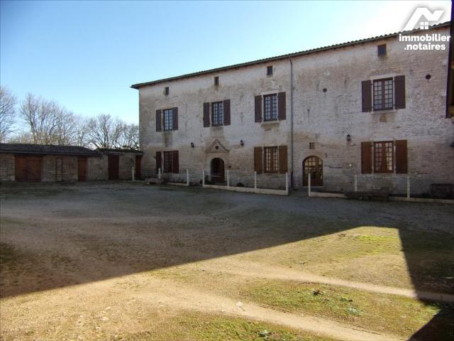 Vente - Maison - Fontivillié - 270.0m² - 10 pièces - Ref : 21 1092