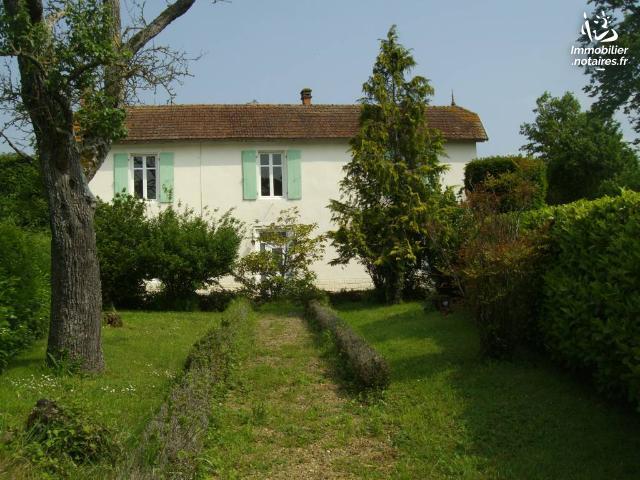 Vente - Maison - Chef-Boutonne - 187.0m² - 11 pièces - Ref : 12 226