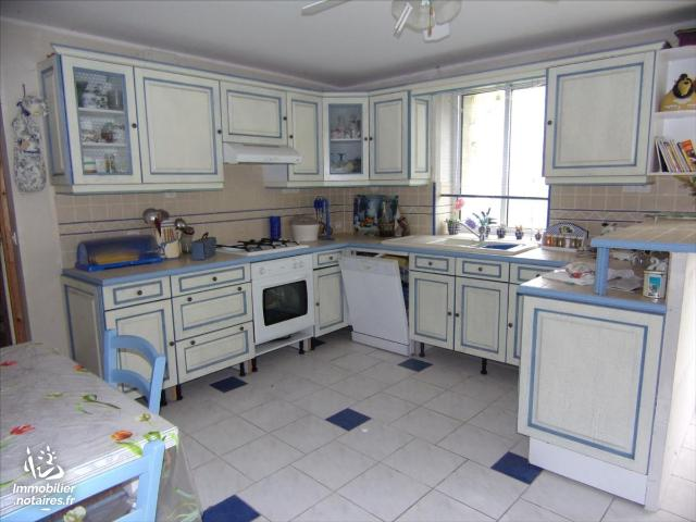 Vente - Maison - Fontaine-Chalendray - 120.0m² - 4 pièces - Ref : 19 975